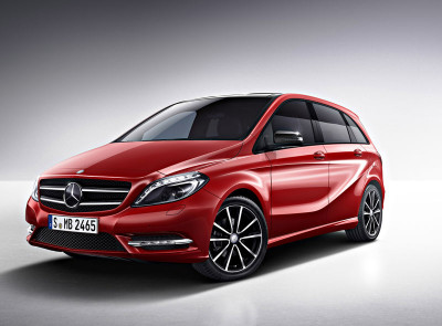 mercedes benz b class   top car in india with moonroof