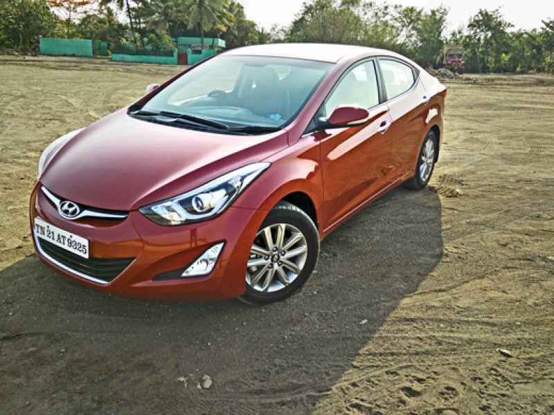 Hyundai Elantra Images Photos And Picture Gallery