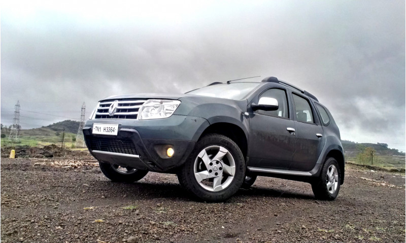 renault duster images photos and picture gallery 200092 cartrade. Black Bedroom Furniture Sets. Home Design Ideas