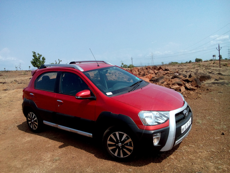 Toyota Etios Cross Images Photos And Picture Gallery 205930 Cartrade