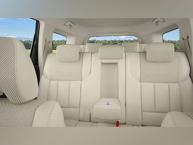 Mahindra Xuv500 Photos Interior Exterior Car Images
