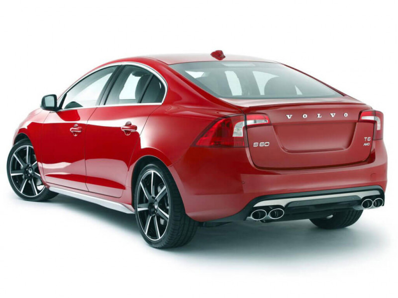 Volvo S60 Momentum Price, Specifications, Review   CarTrade