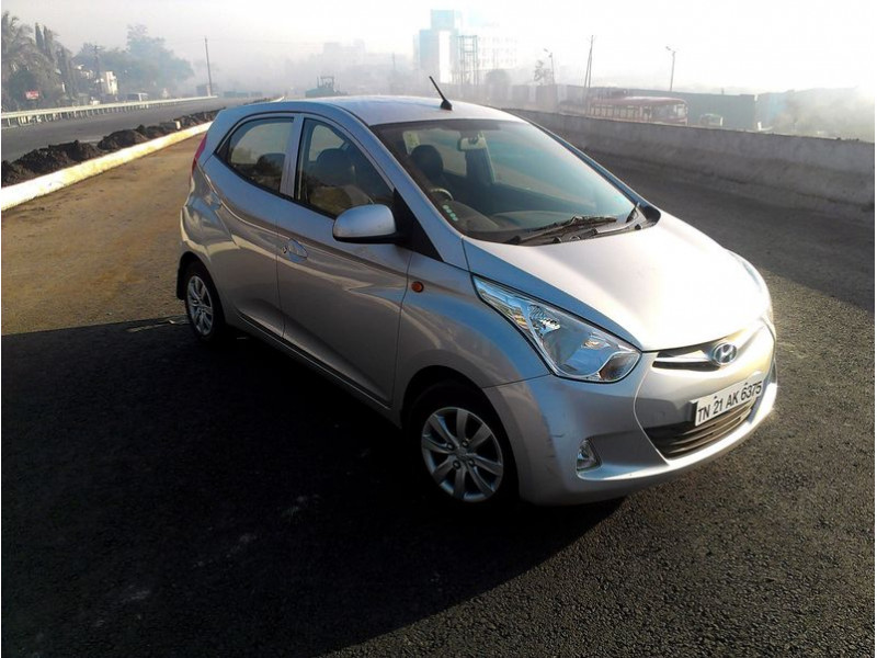 Hyundai Eon Vs Tata Nano - Expert Comparison, 17 | CarTrade